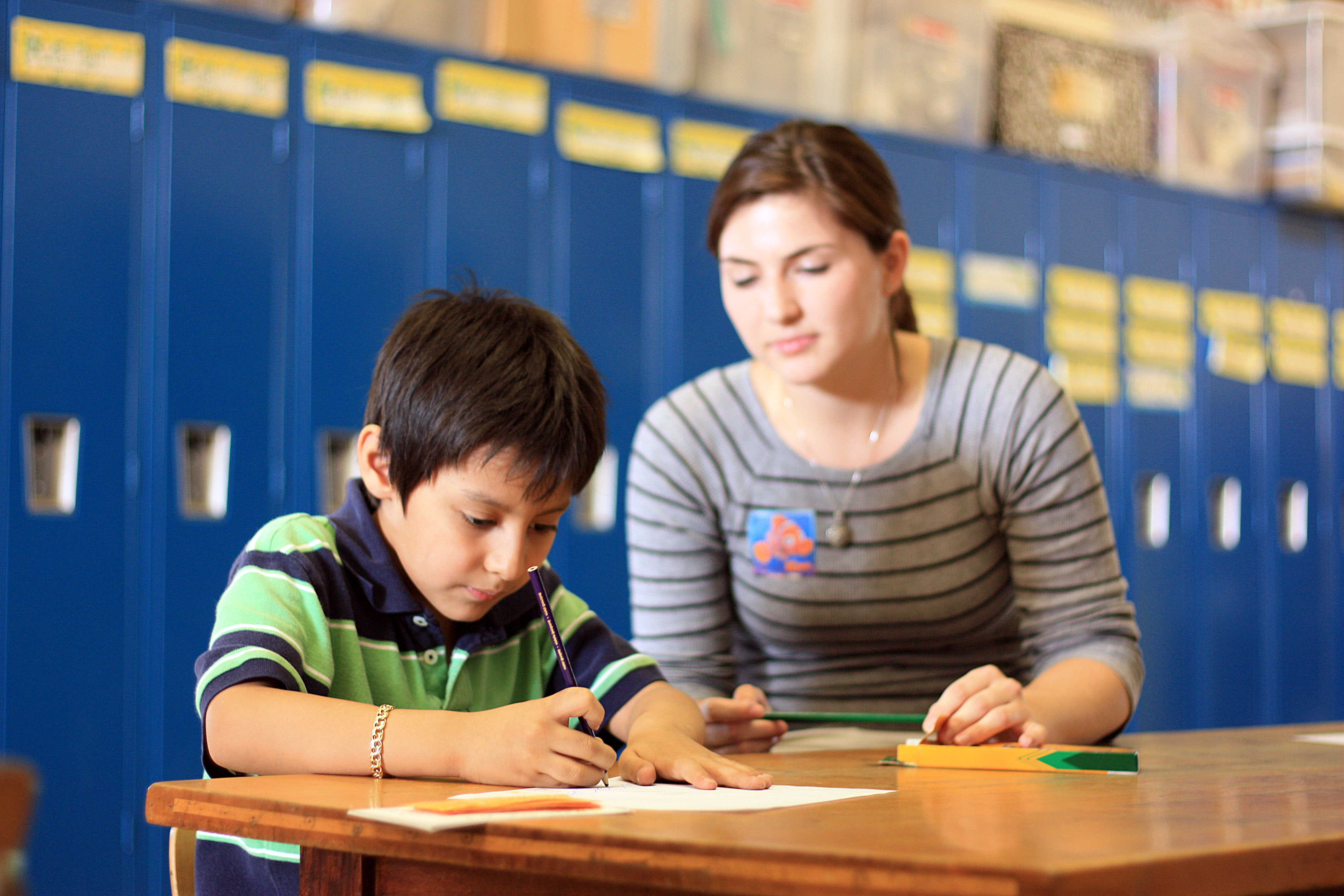 tutoring kids Private tutoring to give kids a helping hand in their schooling is a growing business however, it's also an area where parents can be vulnerable to bogus offers and misleading advertising.