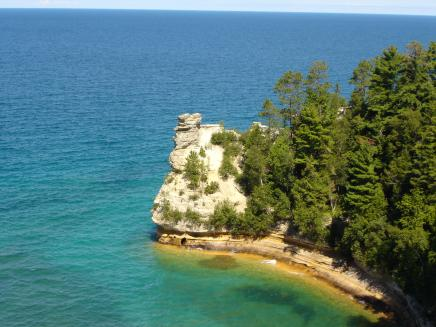 Pictured rocks in Upper Peninsula