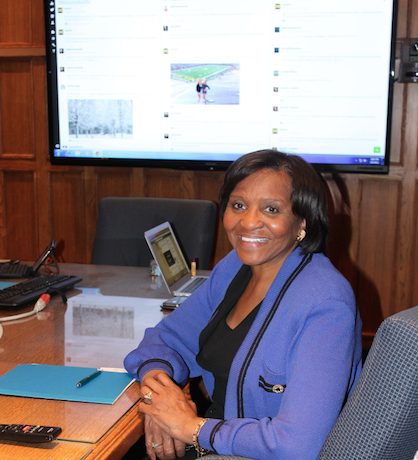 Royster Harper participating in #UMichChat