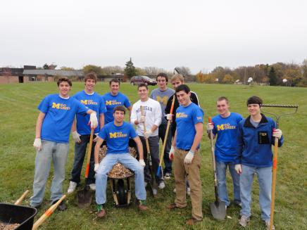 U-M Greeks give back to Ann Arbor on Service Day