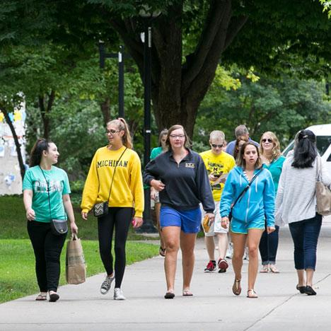 Students walking on the Diag